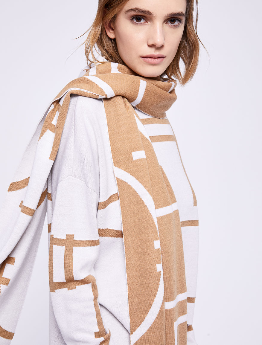 Jacquard scarf Marella