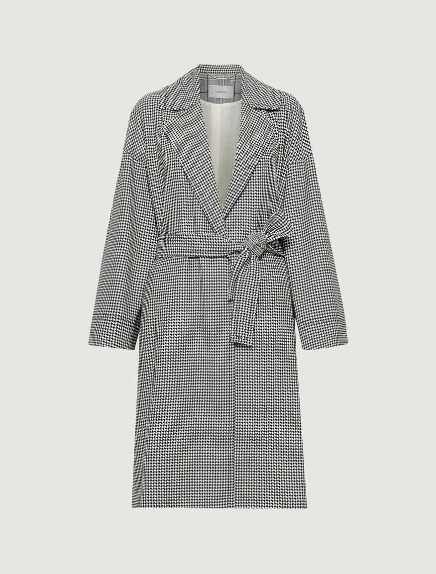 Coat with belt. Marella