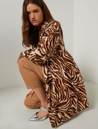 Abrigo con estampado de leopardo Marella