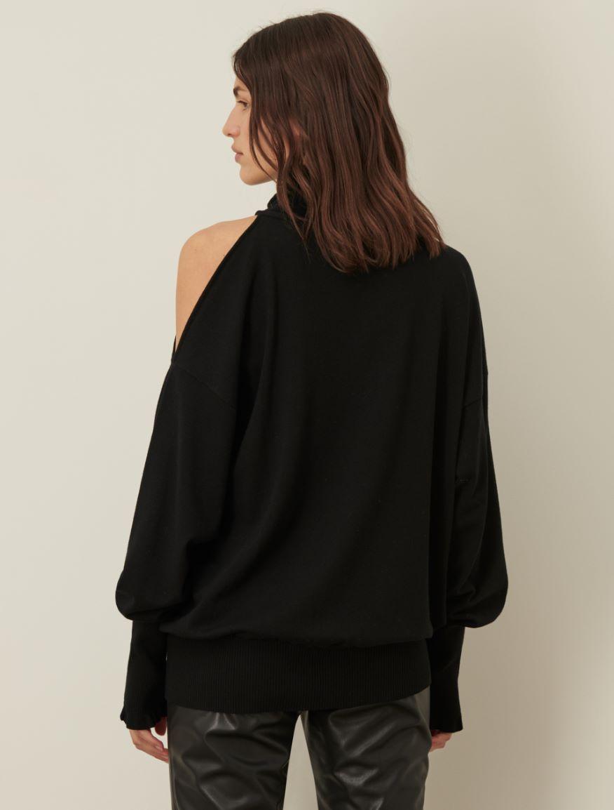 Off-the-shoulder jumper Marella