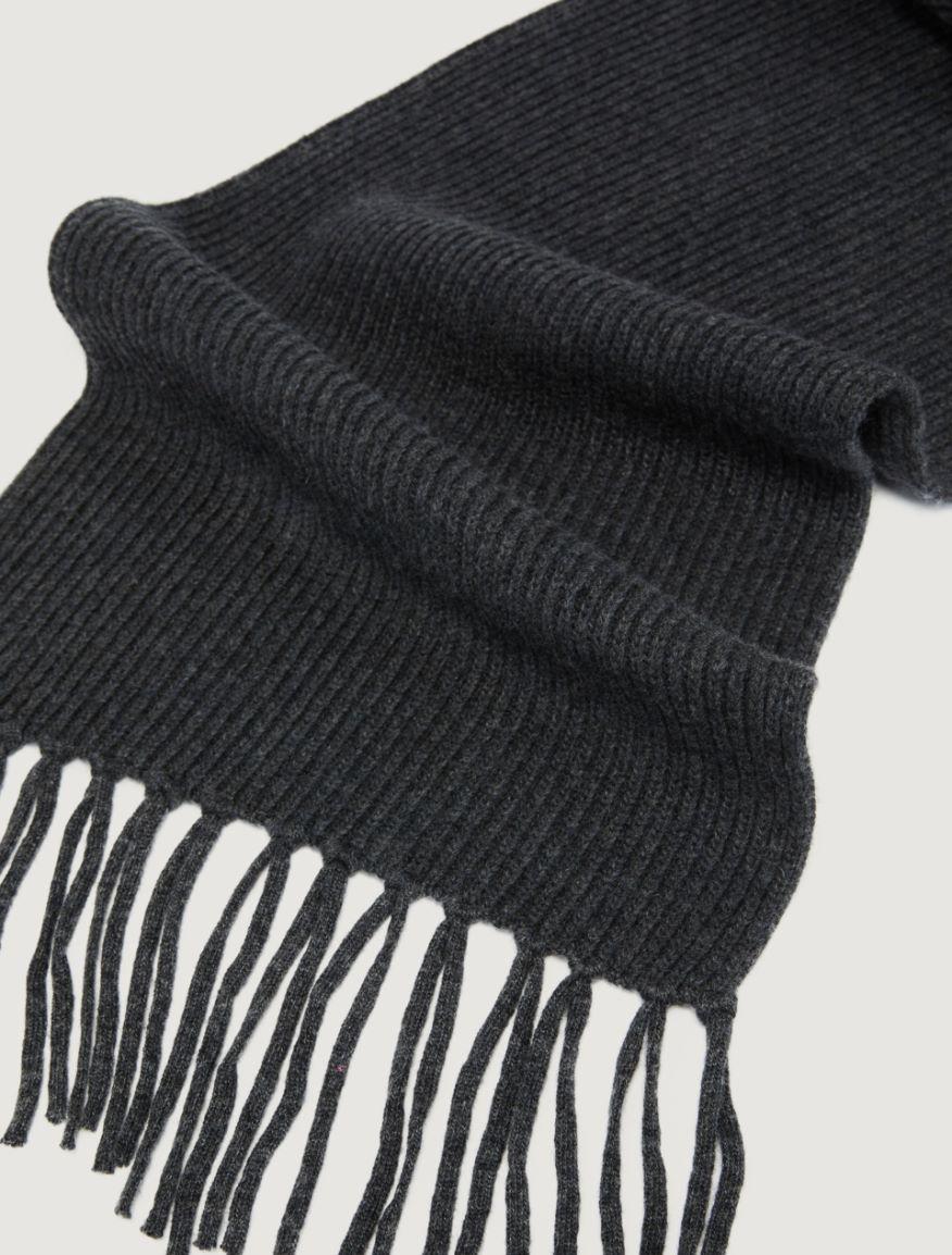 Fringed scarf Marella